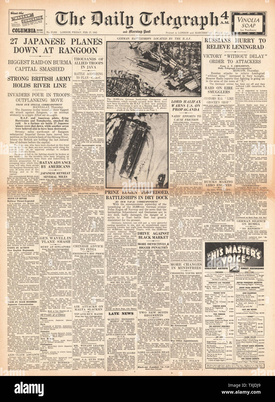 1942 front page  Daily Telegraph Japanese Forces advance on Rangoon in Battle for Burma Stock Photo