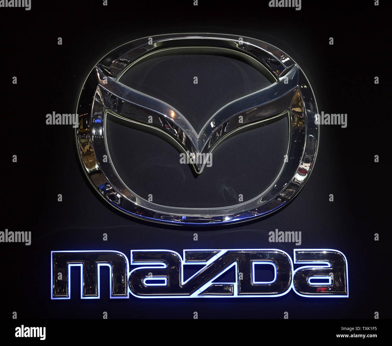 Mazda Logo Stock Photos & Mazda Logo Stock Images - Alamy
