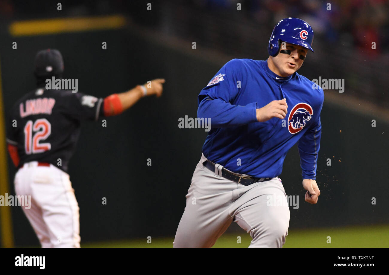 the best attitude ee440 b717c Anthony Rizzo World Series 2016 Stock Photos & Anthony Rizzo ...