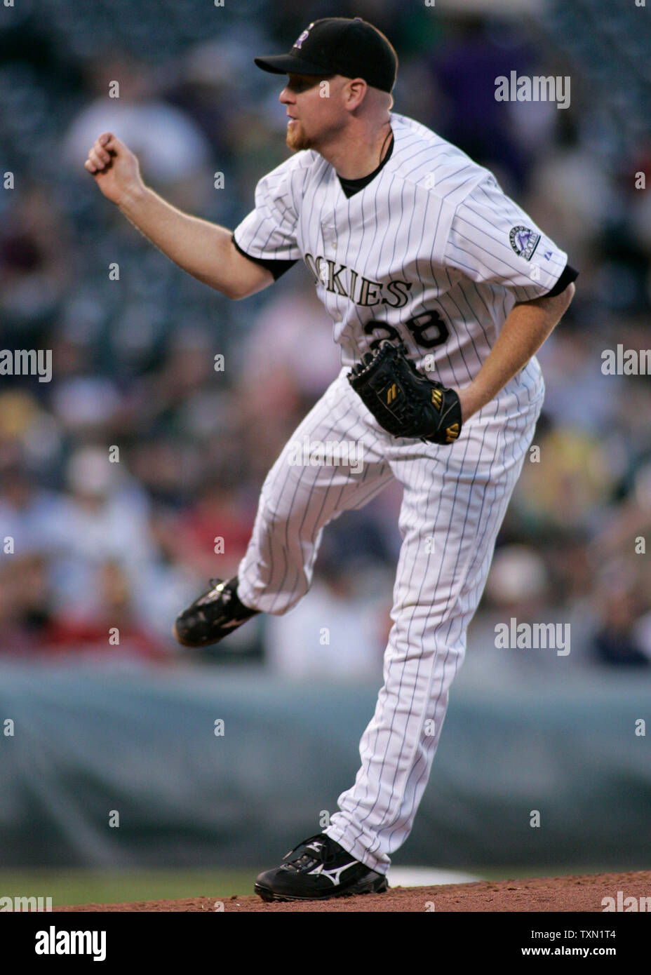 Colorado Rockies starting pitcher Aaron Cook earned a 5-3 win over the San Francisco Giants at Coors Field in Denver on May 10, 2007.   (UPI Photo/Gary C. Caskey) - Stock Image