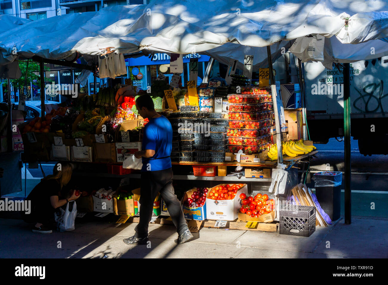 A fruit stand in the Chelsea neighborhood of New York on Saturday, June 22, 2019. (© Richard B. Levine) Stock Photo