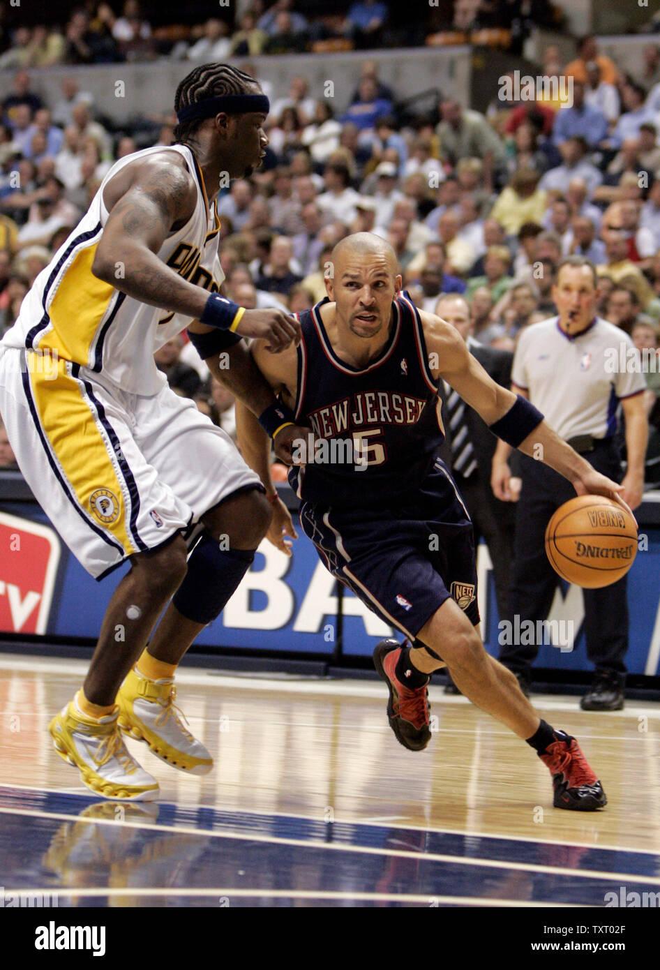 new product 7dee3 2c848 New Jersey Nets guard Jason Kidd (5) drives to the basket ...