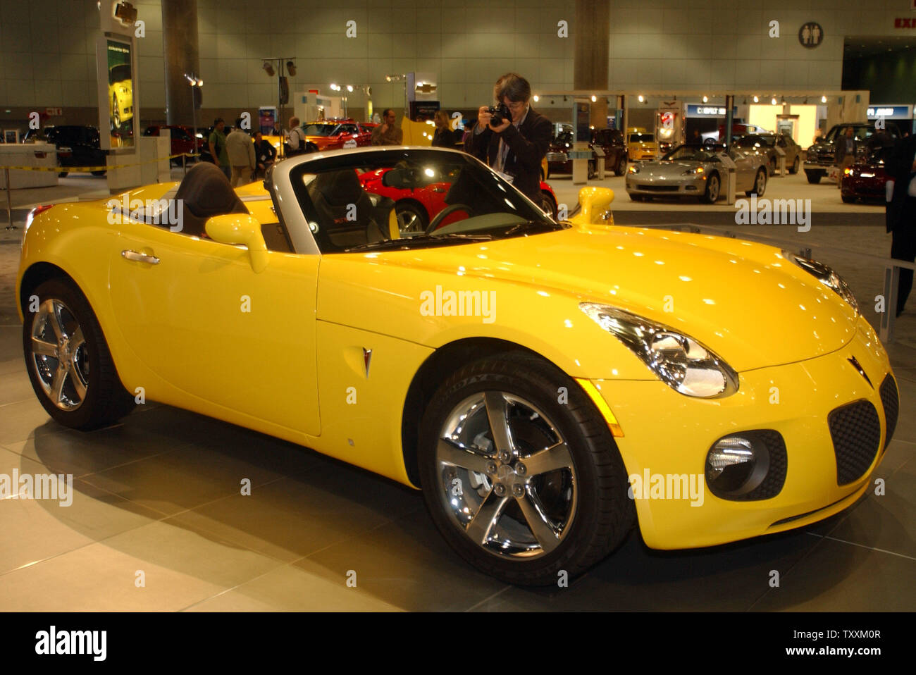 Pontiac Solstice High Resolution Stock Photography And Images Alamy