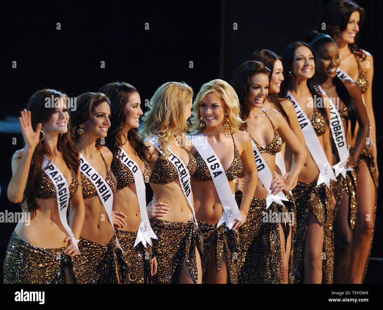 the-ten-semi-finalists-in-the-miss-unive