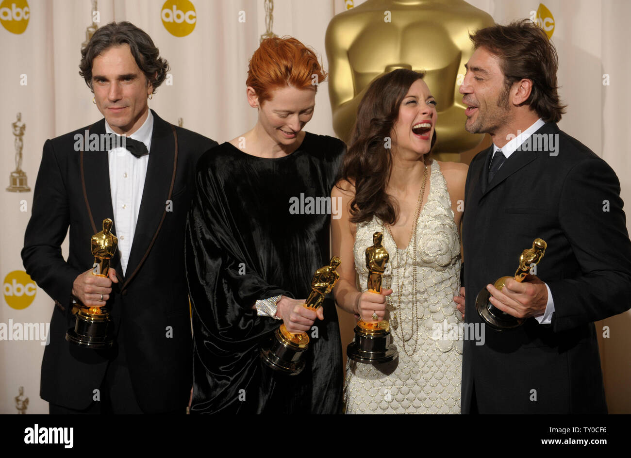Daniel Day Lewis L R Best Actor Winner For There Will Be
