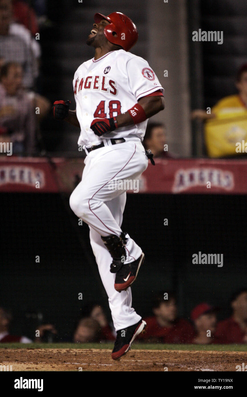 fb11a19a Tori Hunter of the Los Angeles Angels reacts after lining out to ...