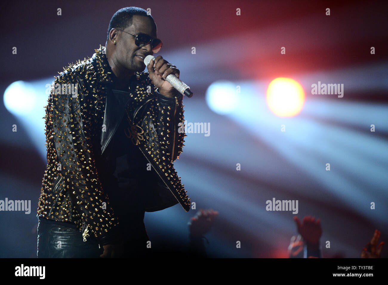 R  Kelly Singer Stock Photos & R  Kelly Singer Stock Images