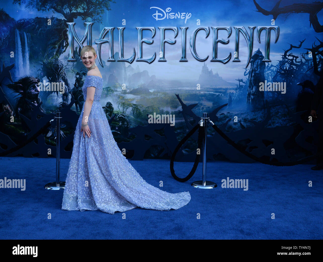 Cast Member Elle Fanning Attends The Premiere Of The Motion
