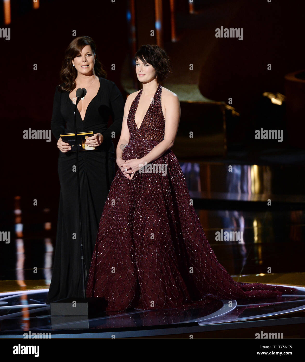 Actresses Marica Gay Harden (L) and Lena Heady appear onstage during the 67th Primetime Emmy Awards in the Microsoft Theater in Los Angeles on September 20, 2015.   Photo by Ken Matsui/UPI. - Stock Image