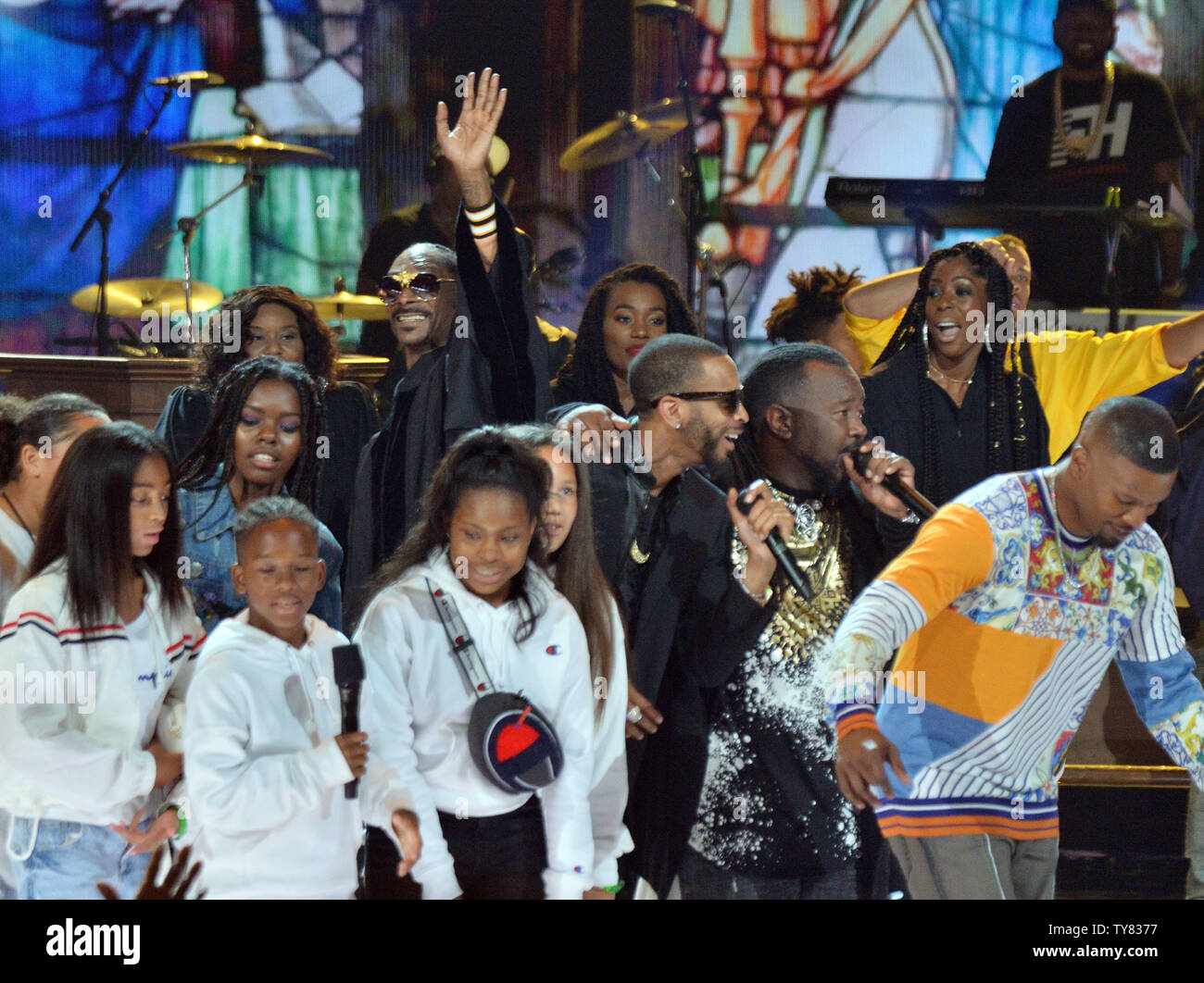 Snoop Dogg Entertainment Stock Photos & Snoop Dogg
