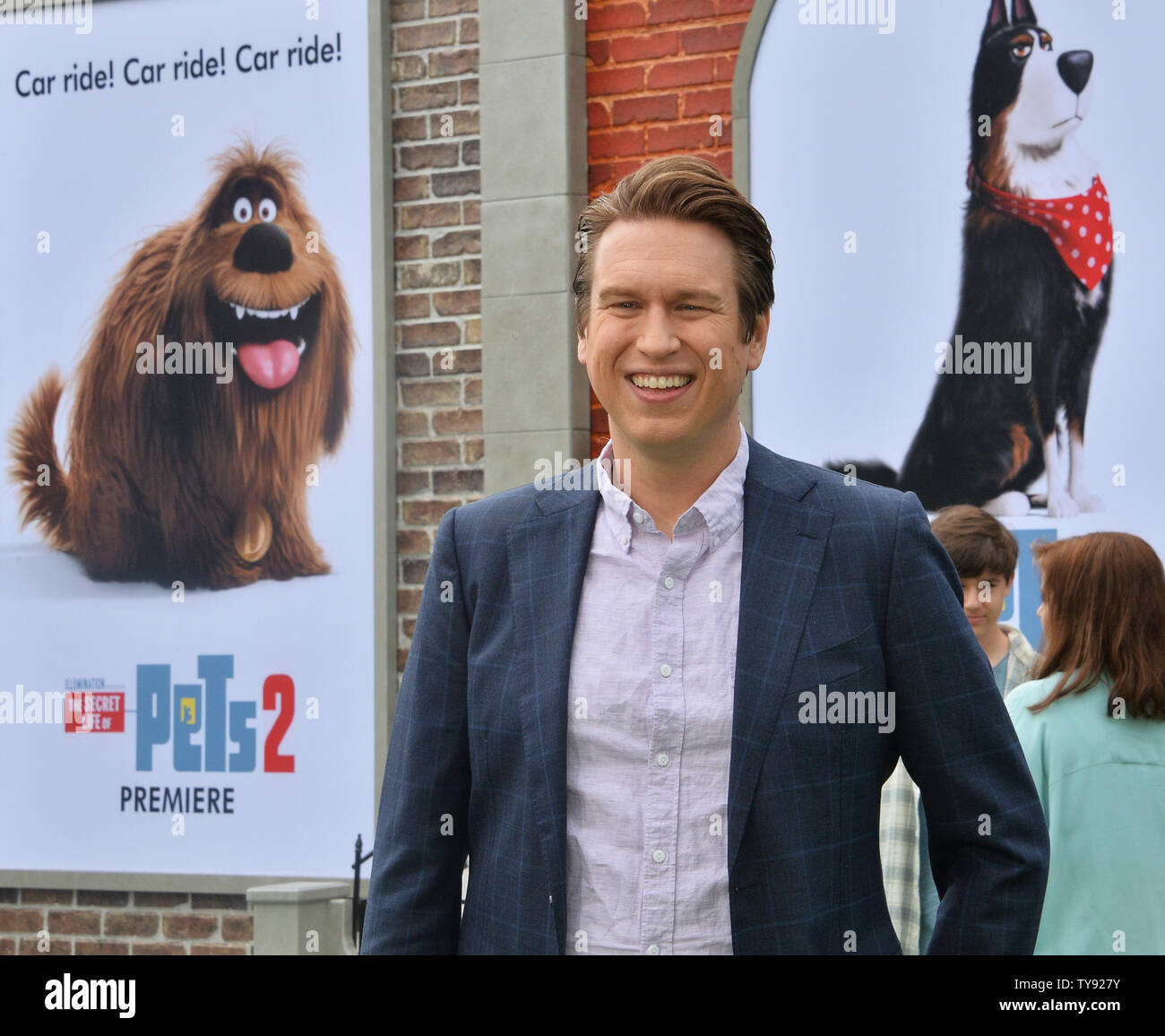 Cast Member Peter Holmes The Voice Of Chuck In The Animated Motion Picture Comedy The Secret Life Of Pets 2 Attends The Premiere Of The Film At The Regency Village Theatre In