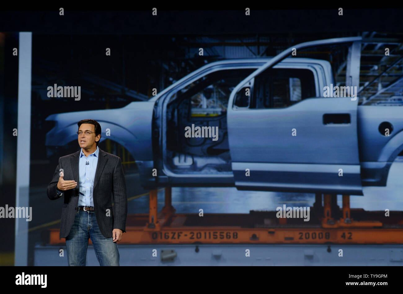 Ford Ceo Mark Fields Stock Photos & Ford Ceo Mark Fields