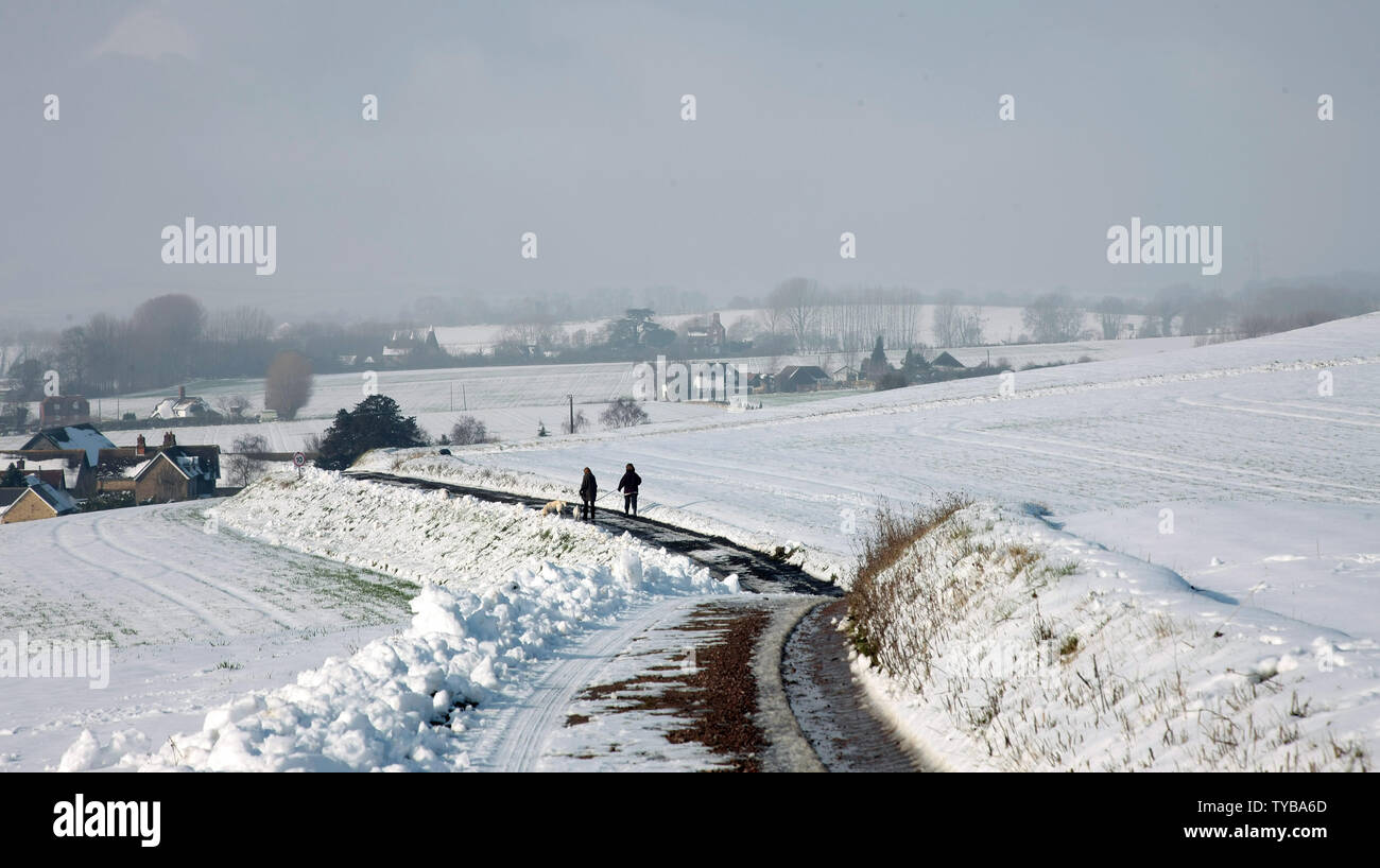 Snow covers fields and roads in South-East England as temperatures fall below zero in the United Kingdom and across Europe on February 06 2012.         UPI/Hugo Philpott - Stock Image