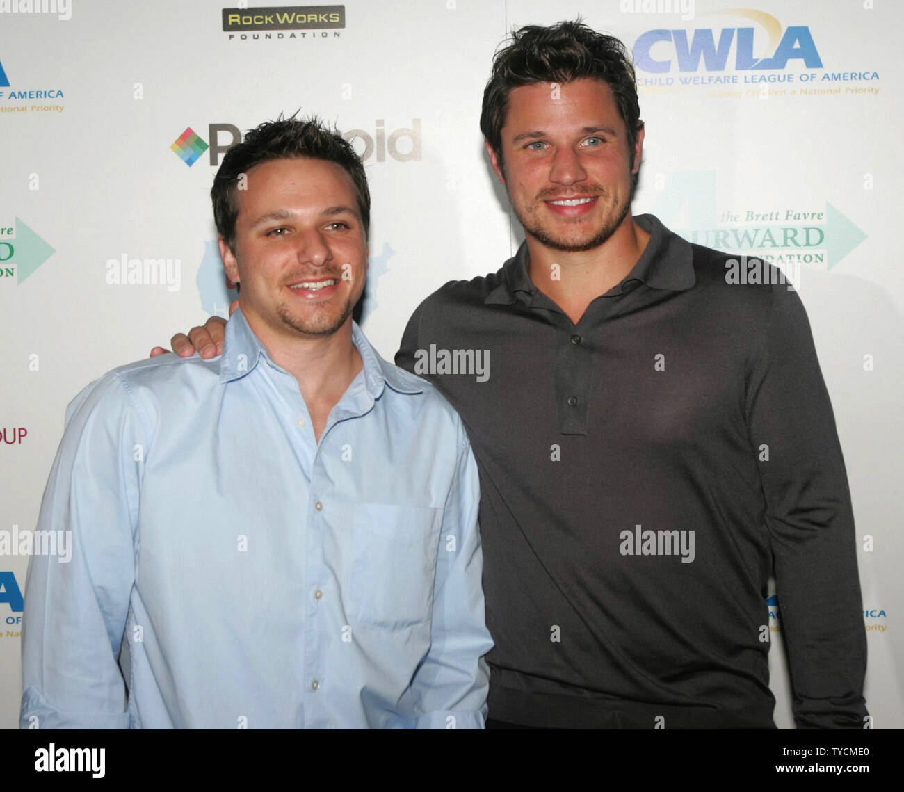 Brothers Nick and Drew Lachey of rock group 98 degrees