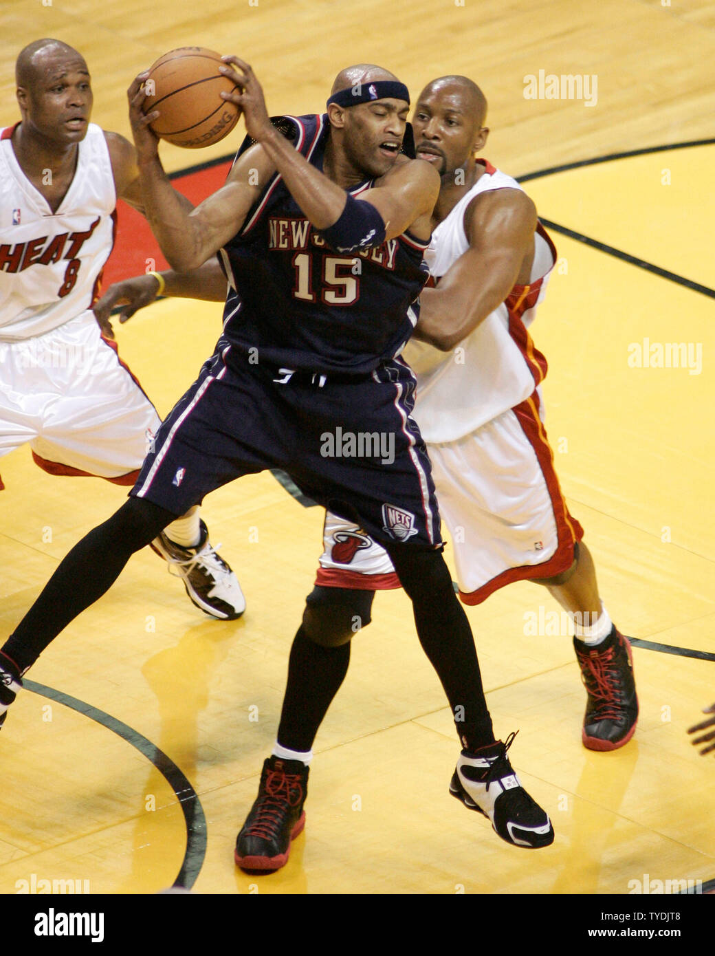 half off 80a77 61226 Alonzo Mourning Stock Photos & Alonzo Mourning Stock Images ...