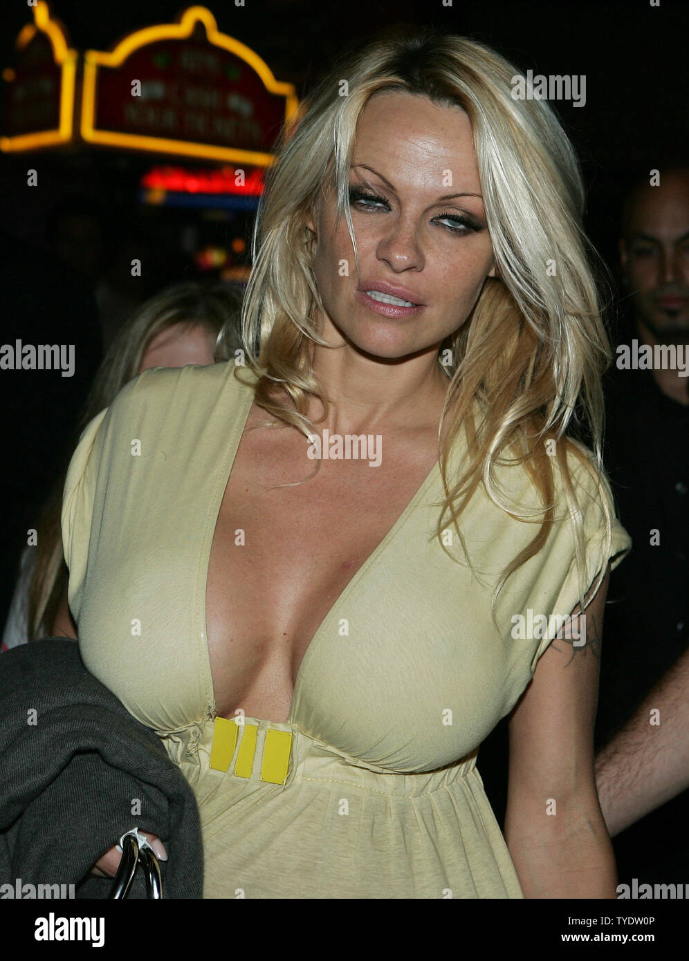 Pamela Anderson 18
