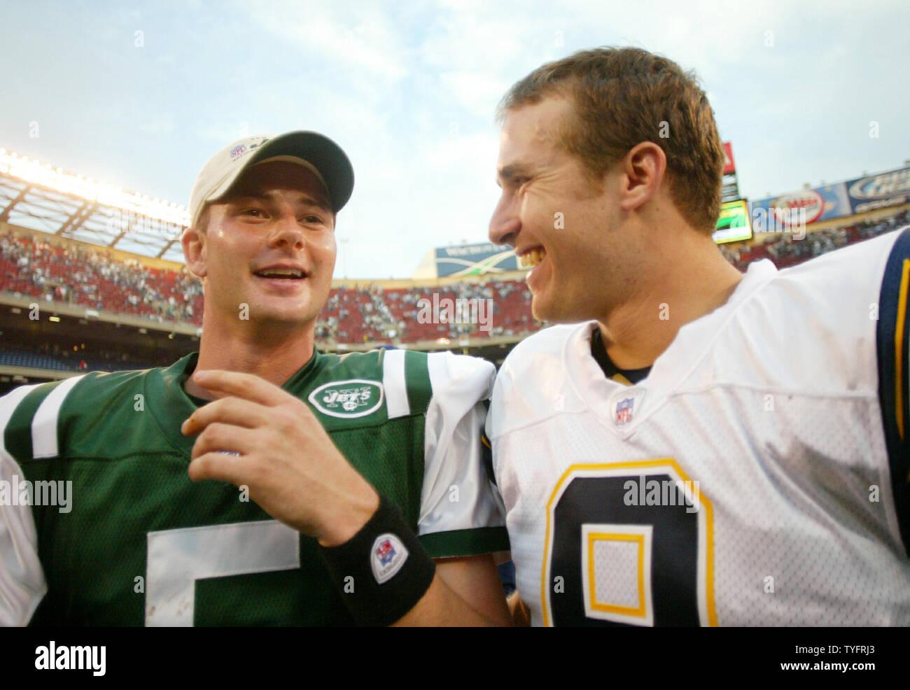 online store 98ecf e2548 New York Jets quarterback Brooks Bollinger talks to San ...