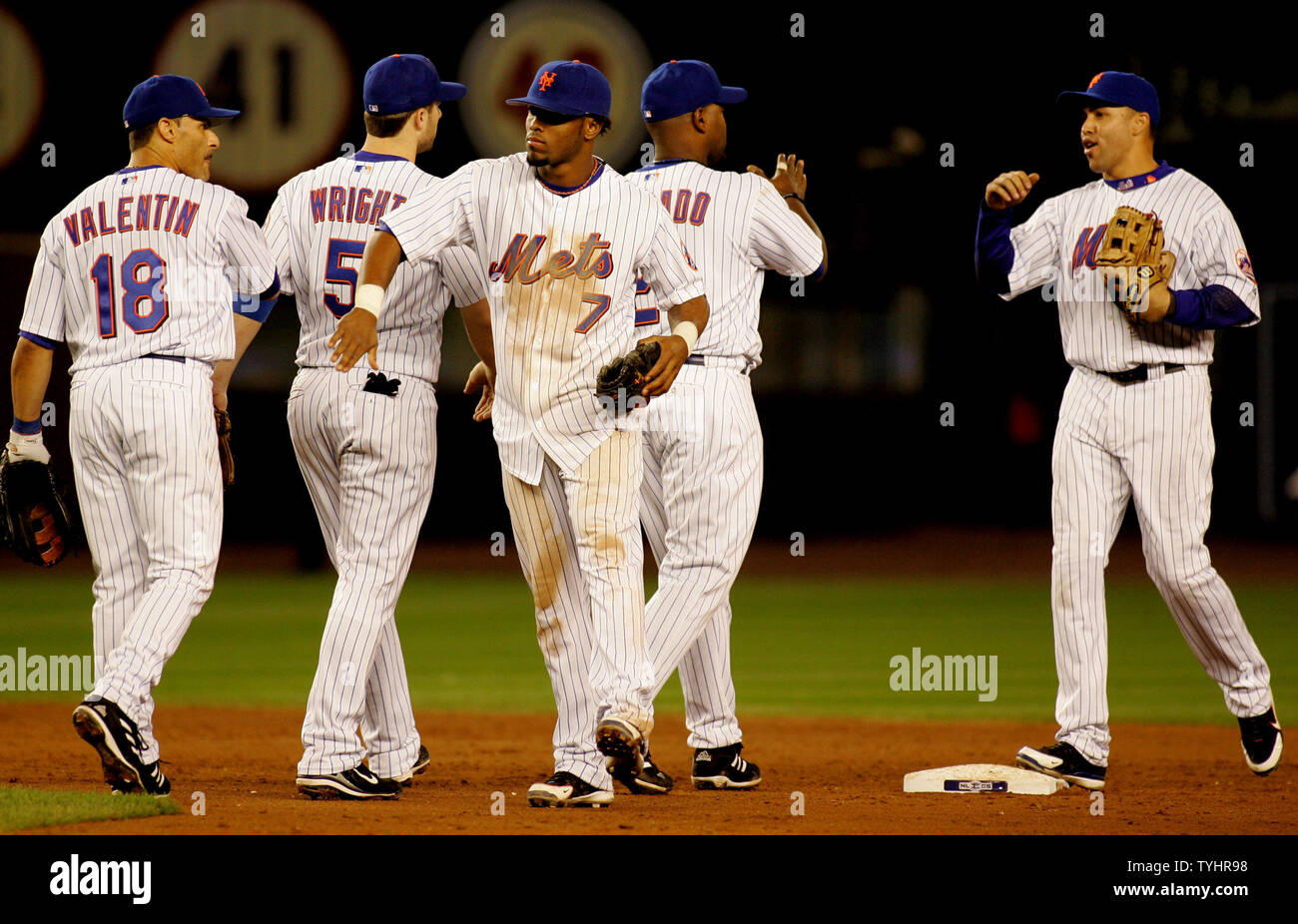 Jose Valentin Left David Wright Second Left Jose Reyes