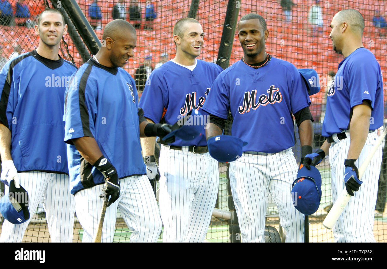 New York Mets Players Left To Right Shawn Green Julio