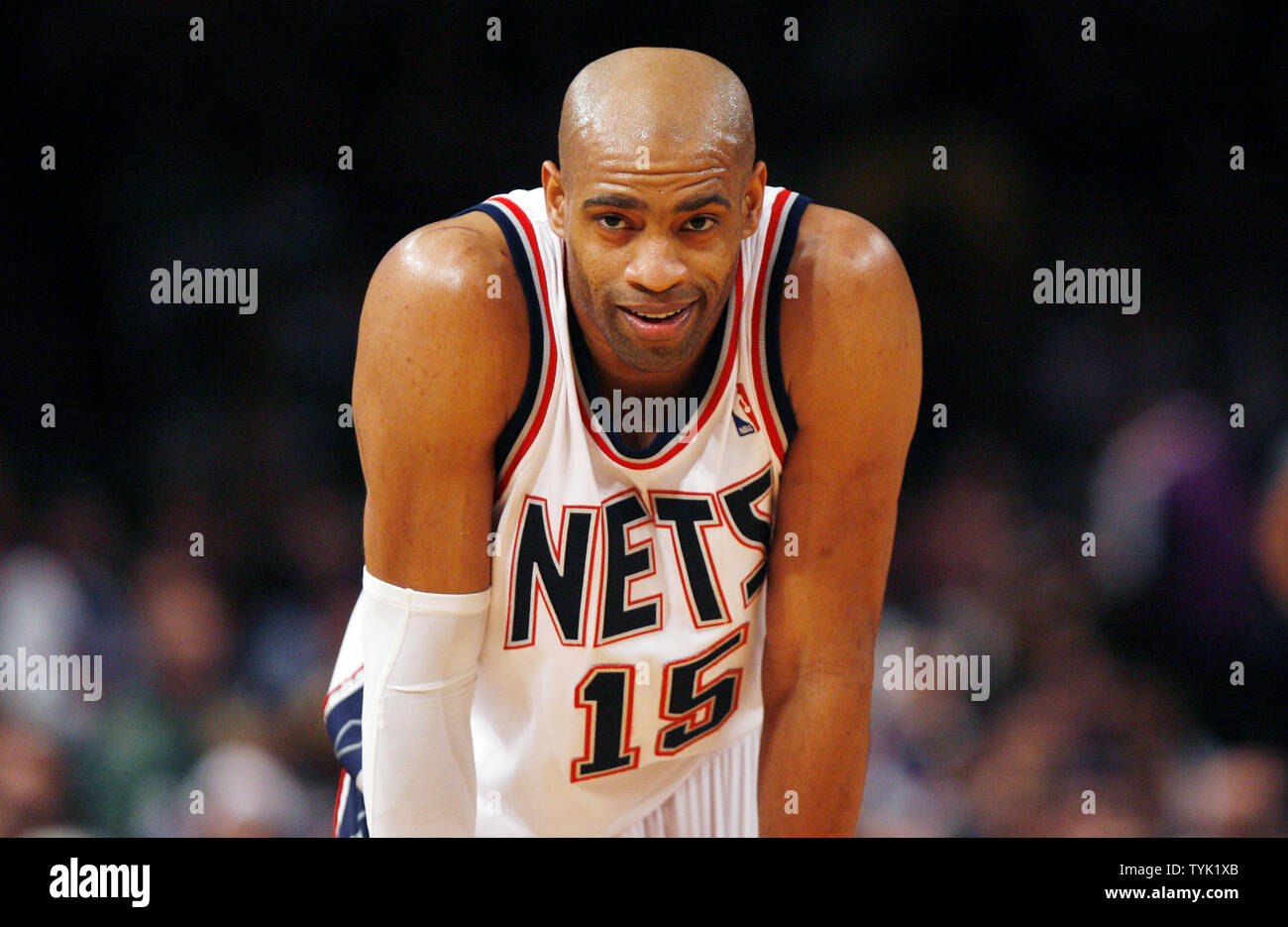huge discount 62dea 2068b New Jersey Nets Vince Carter reacts while the New York ...