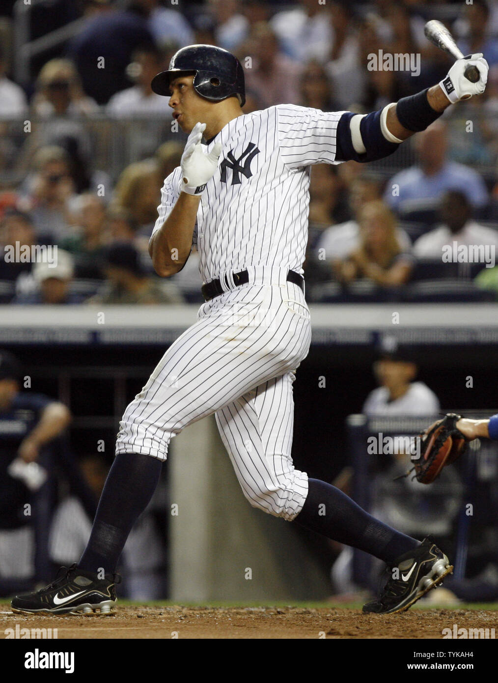 hot sales ce6f0 b1212 New York Yankees Alex Rodriguez hits a single in the second ...