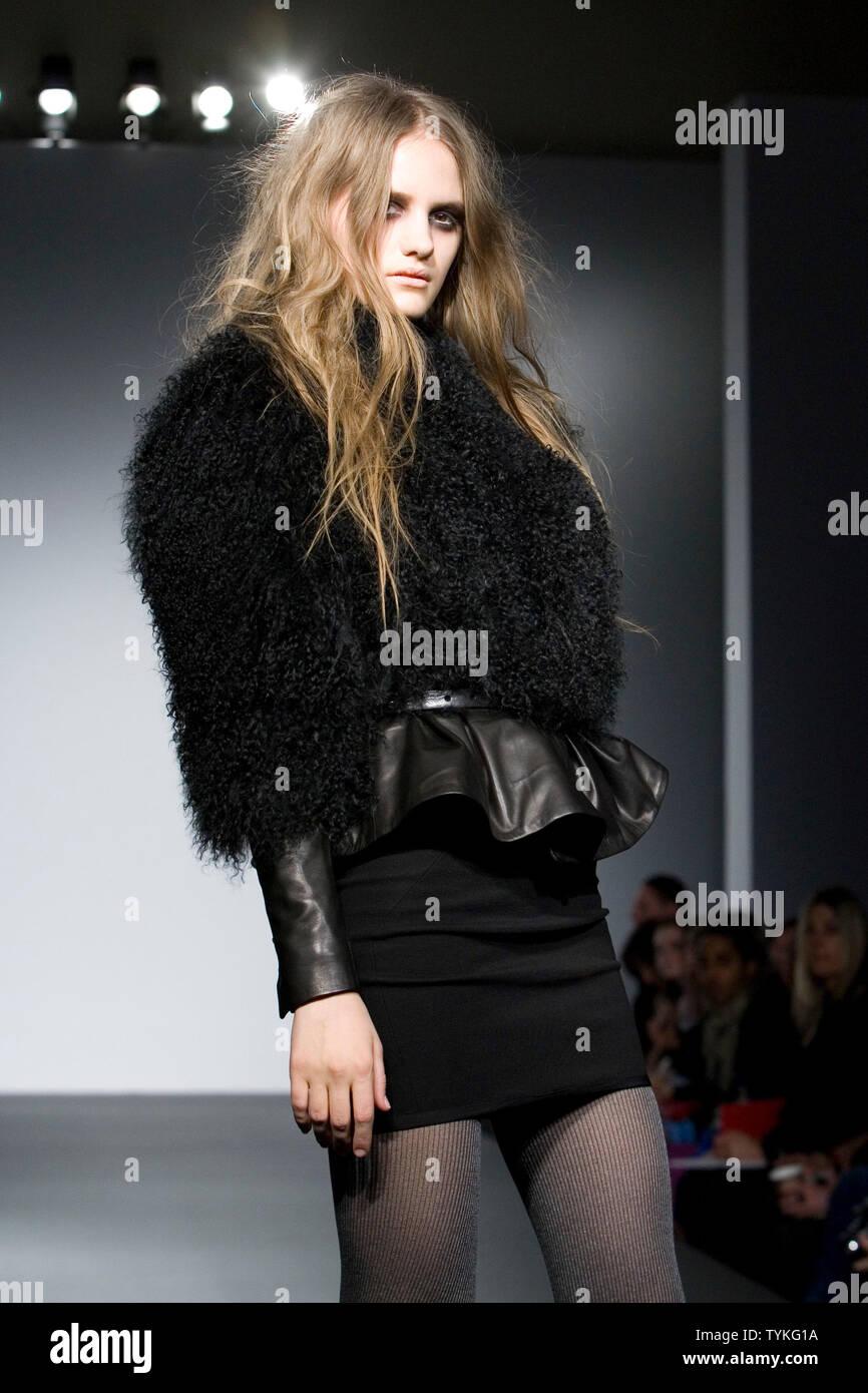10-15 February 2008, London Fashion Week, collection by German designers by Felder Felder - Stock Image