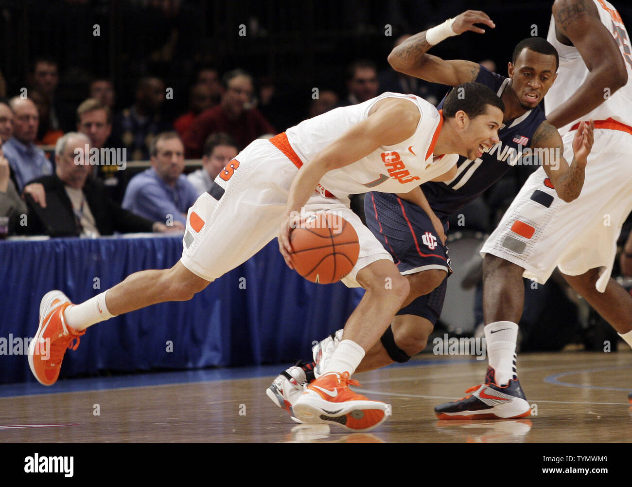Syracuse Orange Michael Carter Williams Drives By