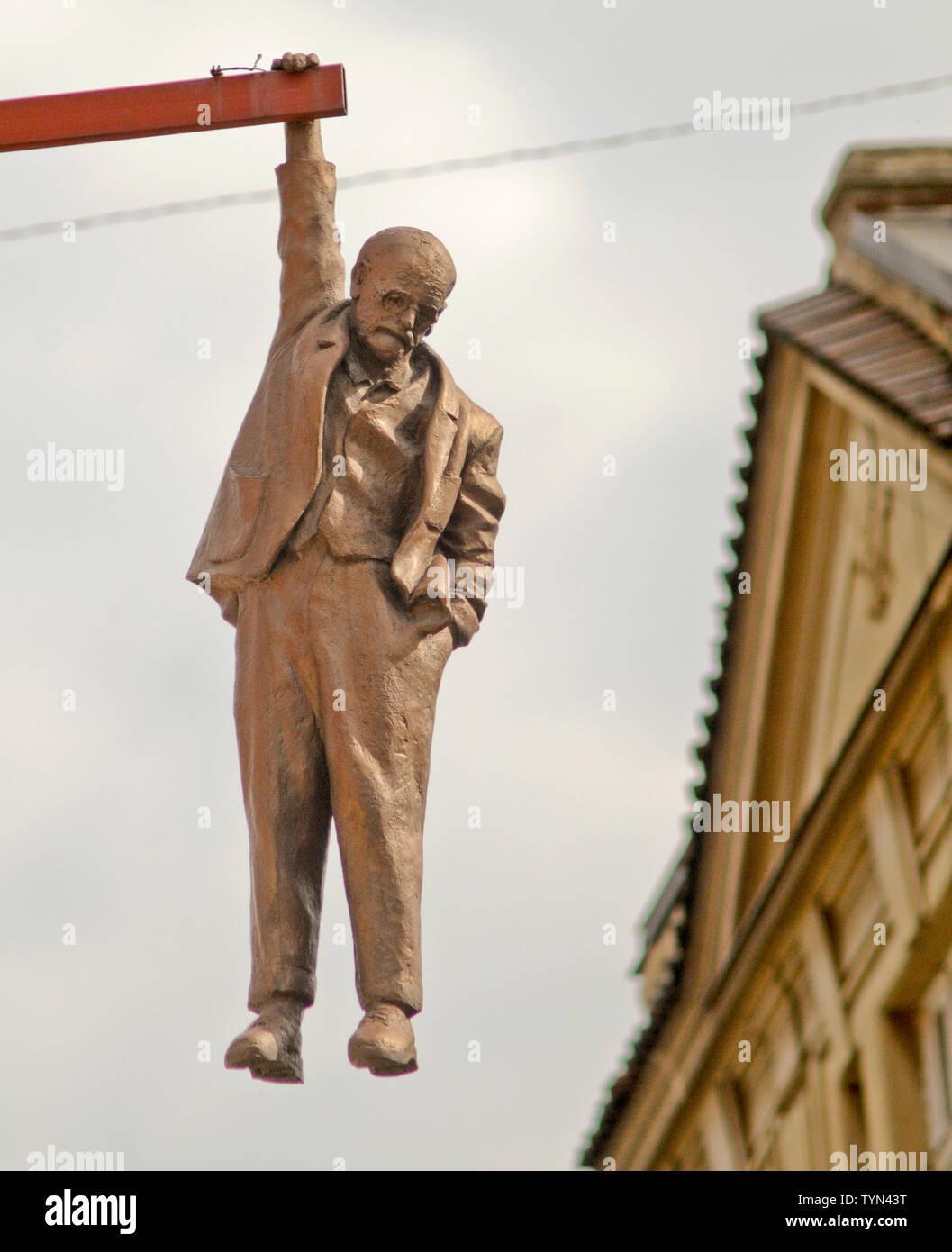 Sigmund Freud hanging figure ('Man Hanging Out'), by David Černý, Prague, Czech Republic - Stock Image