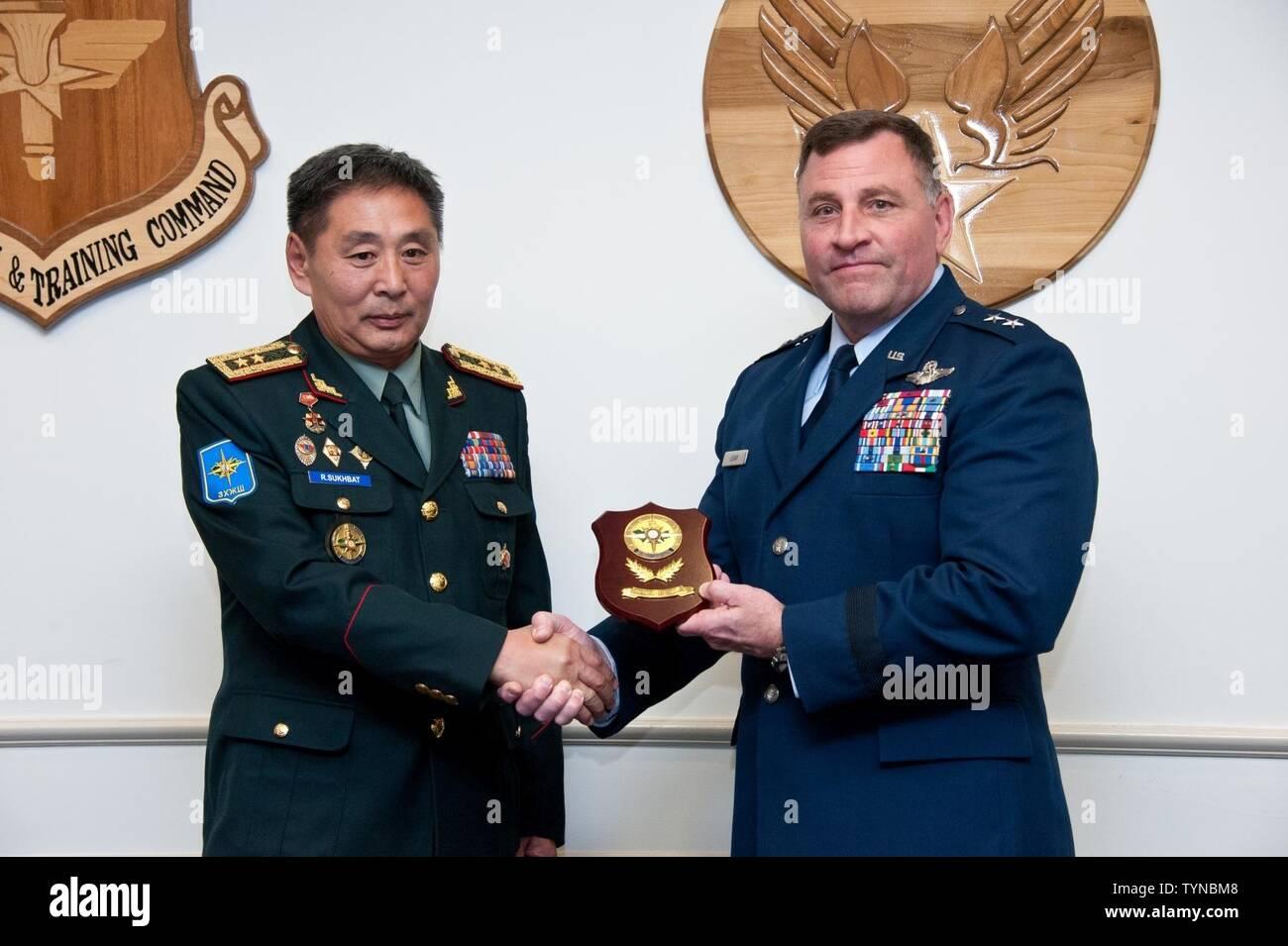 Maj Gen Timothy Leahy Stock Photos & Maj Gen Timothy Leahy Stock