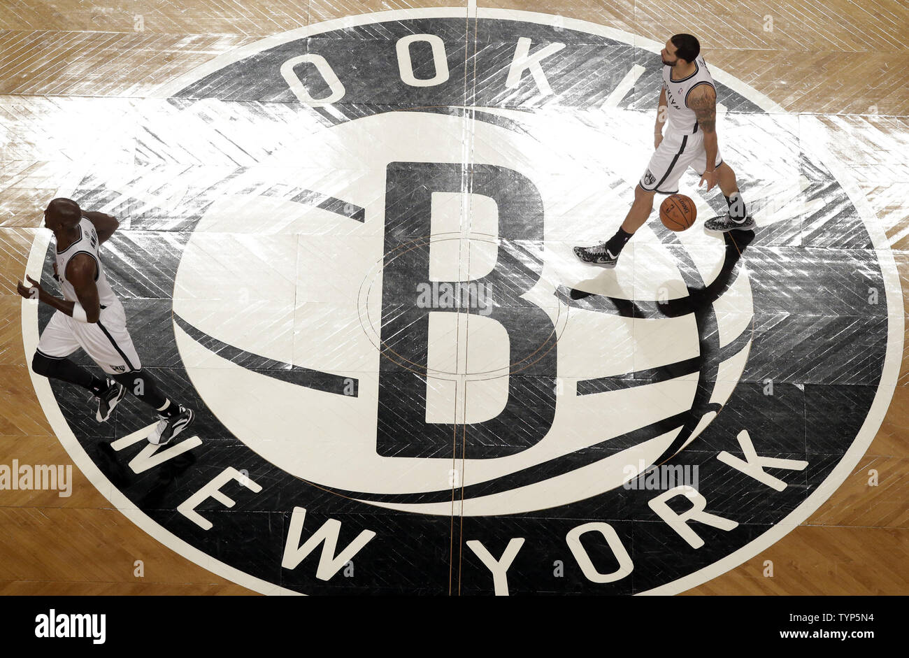 Brooklyn Nets Kevin Garnett And Deron Williams Bring The