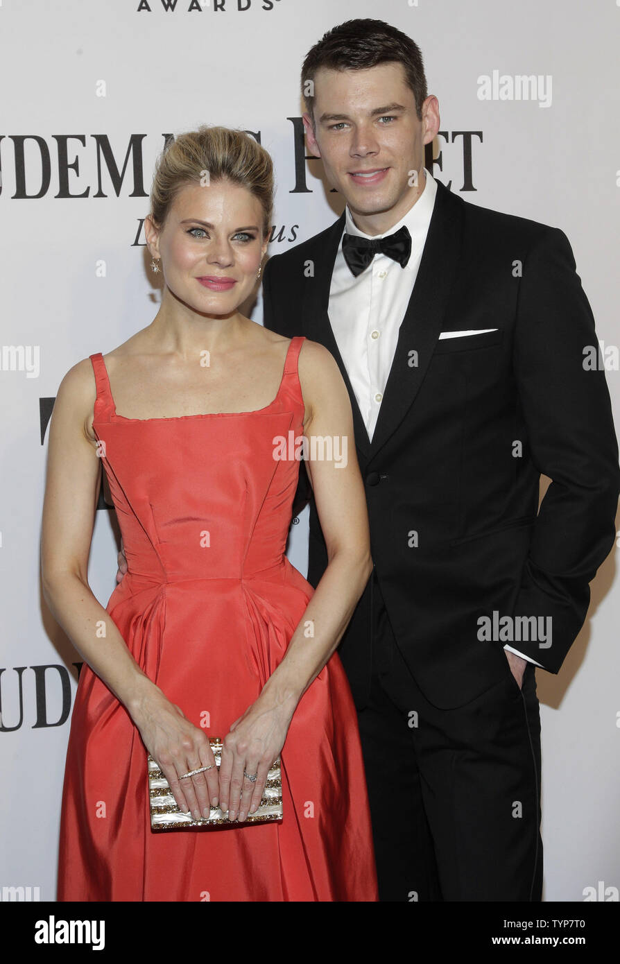 Celia Keenan-Bolger and Brian J. Smith arrive on the red carpet at the 68th Tony Awards at Radio City Music Hall in New York City on June 8, 2014. The annual awards, which are presented by the American Theatre Wing, recognizes the achievements of Broadway theater.     UPI/John Angelillo. - Stock Image