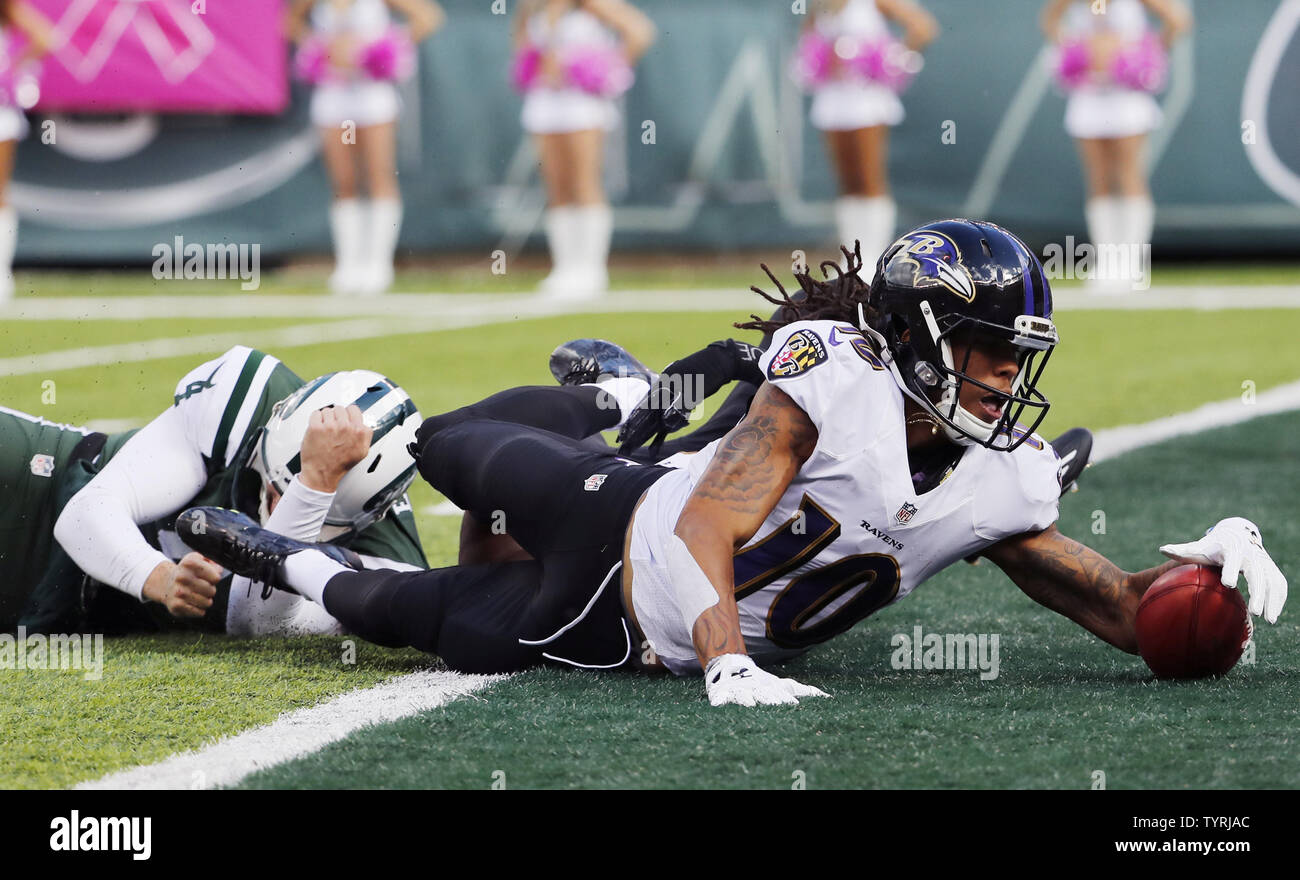 watch 6c36b af1c0 Baltimore Ravens Chris Moore recovers a fumble in the ...