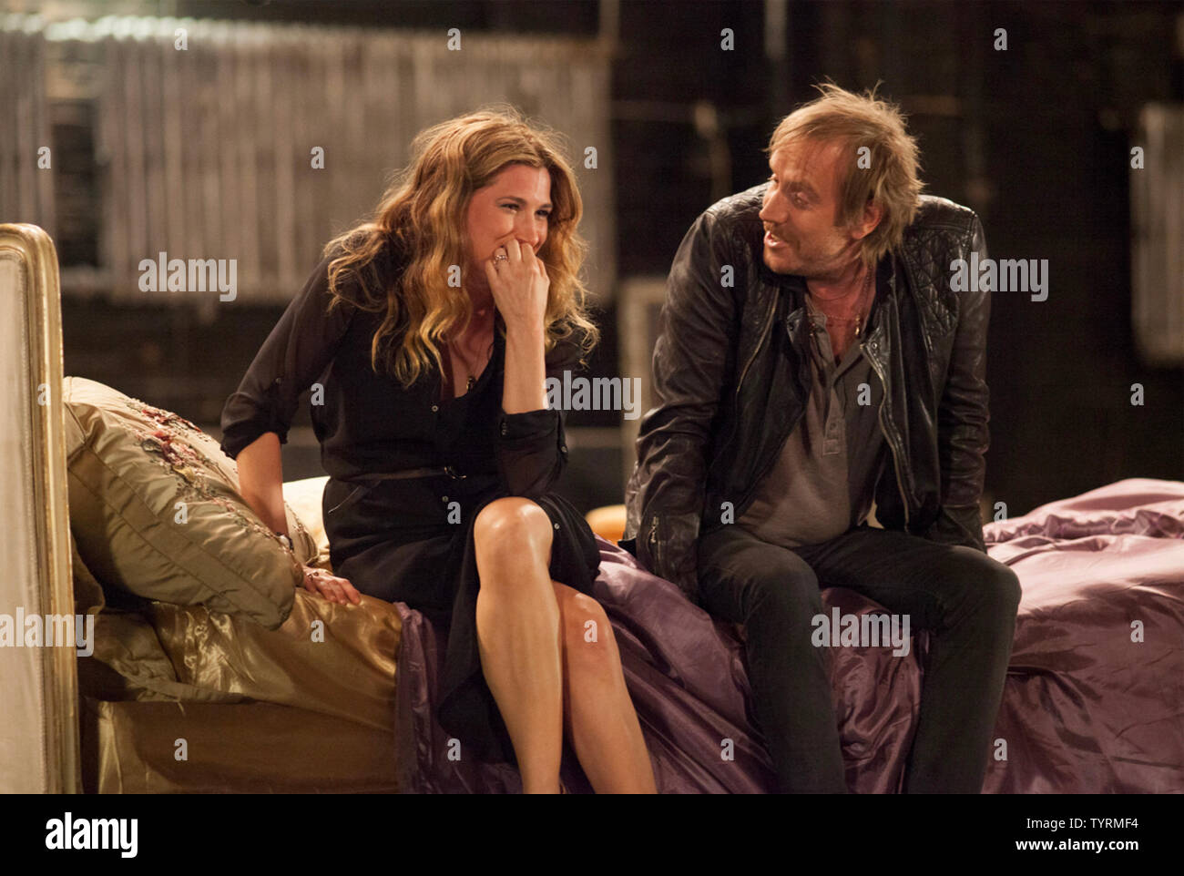SHE'S FUNNY THAT WAY 2014 Lionsgate Premiere film with Kathryn Hahn and Rhys Ifans - Stock Image