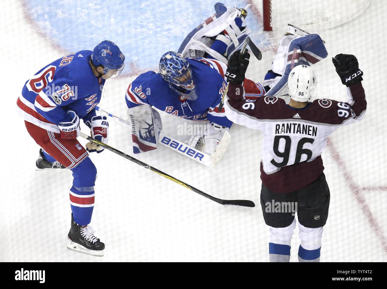 New York Rangers Henrik Lundqvist Watches Colorado Avalanche Mikko