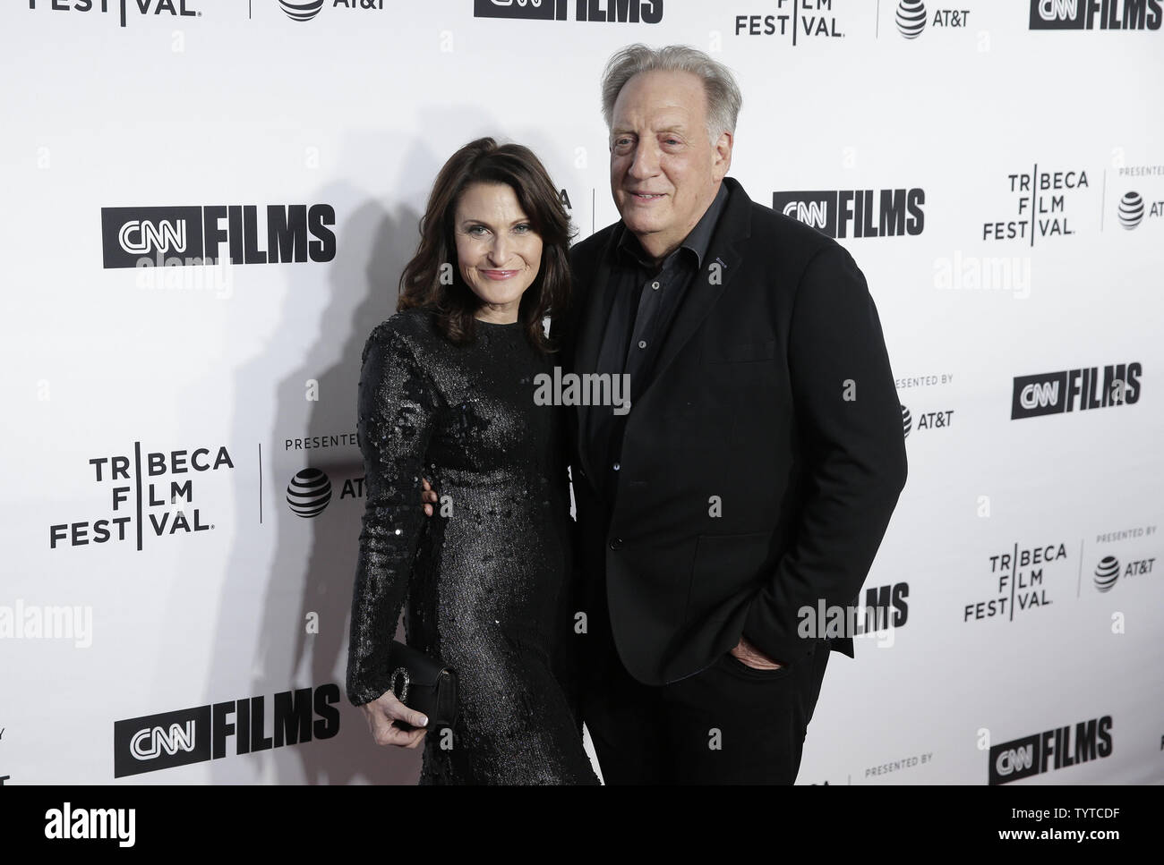 Alan Zweibel and Robin Zweibel arrive on the red carpet at the Opening Night Gala of 'Love, Gilda' as part of 2018 Tribeca Film Festival at the Beacon Theatre on April 18, 2018 in New York City.   Photo by John Angelillo/UPI - Stock Image