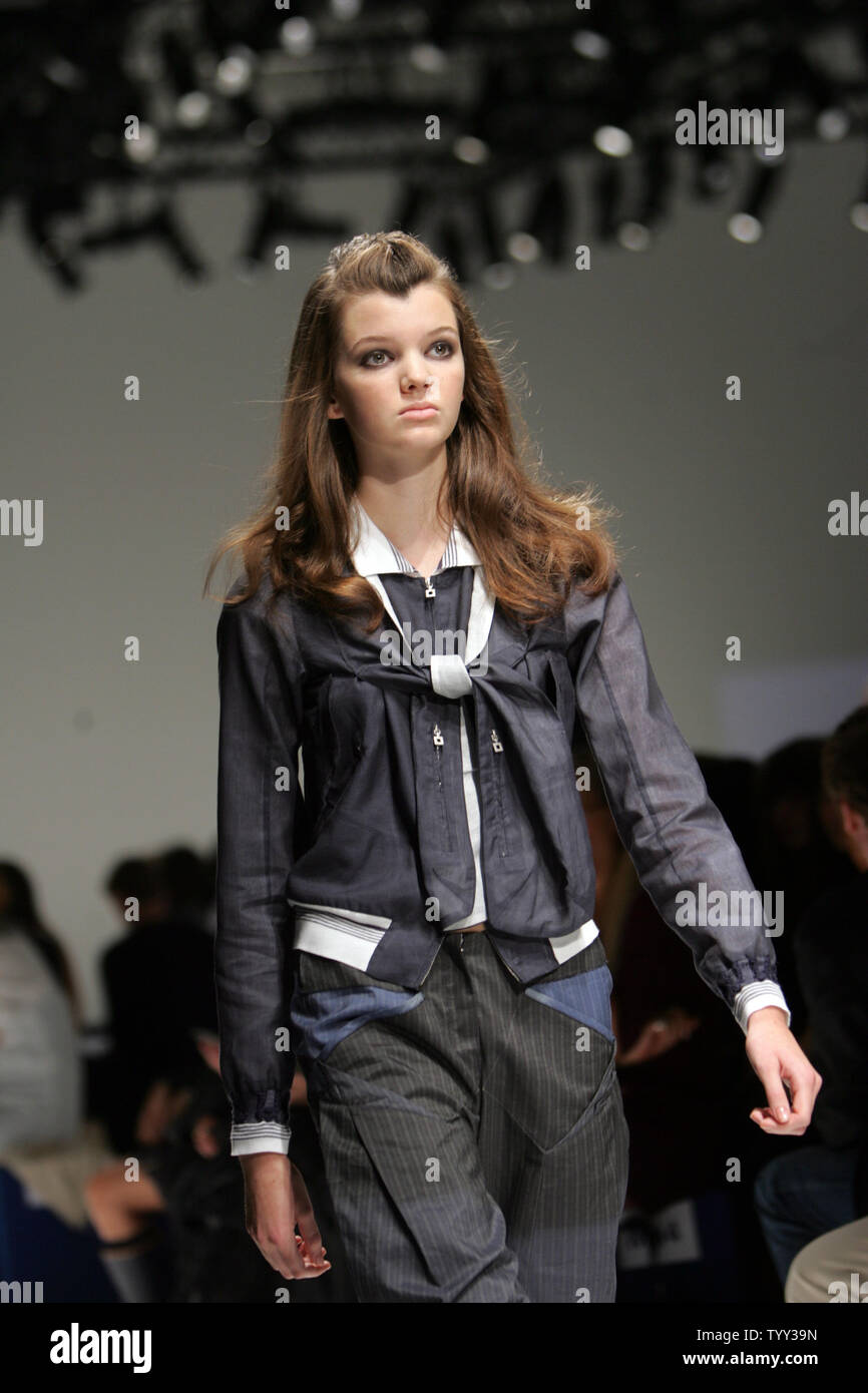 A Model Wears An Outfit By French Fashion Designers Marithe Francois Girbaud At The Spring Summer 2009 Ready To Wear Paris Fashion Week September 30 2008 Upi Photo Eco Clement Stock Photo Alamy