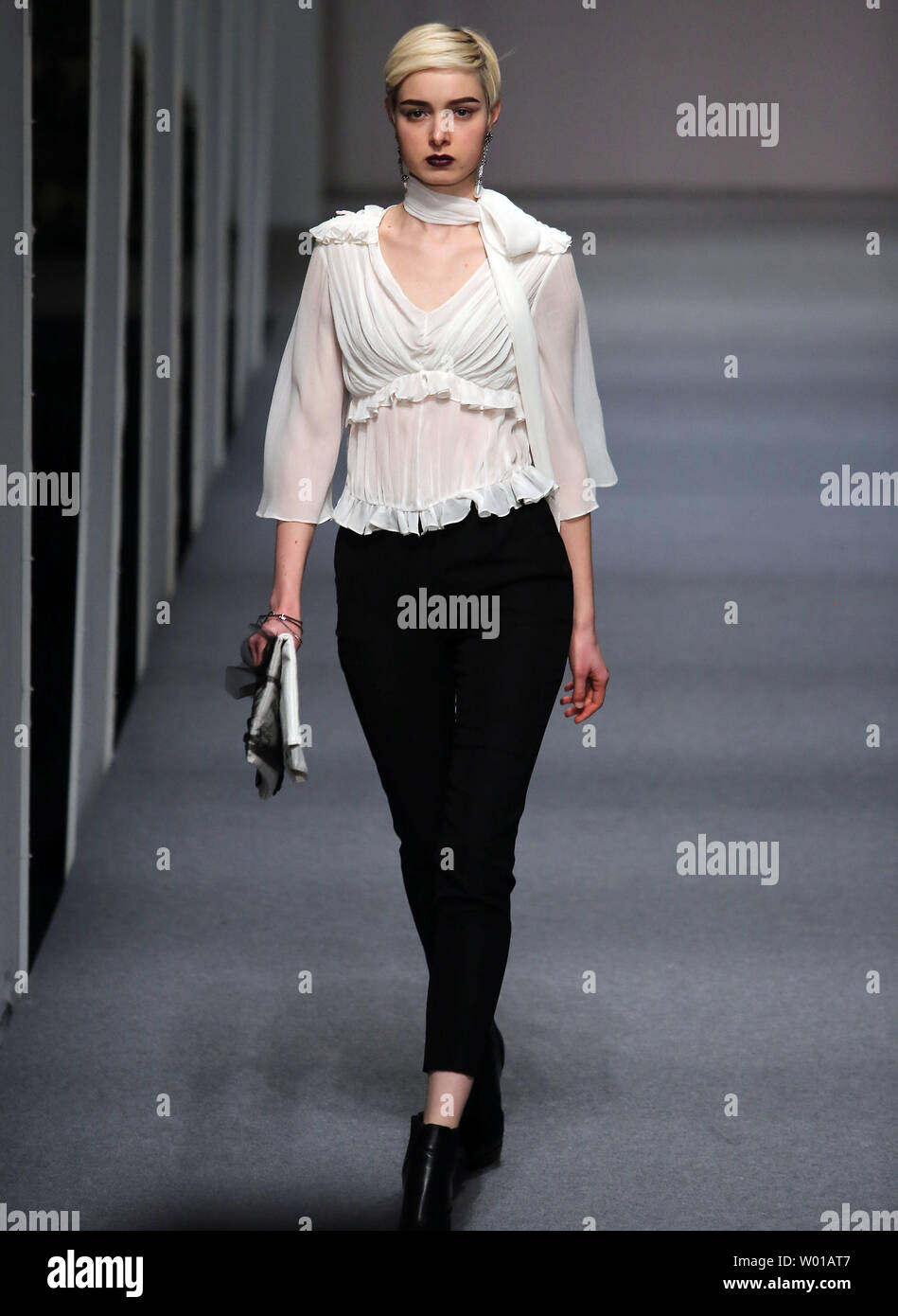 Models Showcase Fashion Designs By Zoual Yanti During China S Fashion Week In Beijing On March 31 2016 Chinese Fashion Designers Are Becoming An International Force With Both European And American Fashion Houses