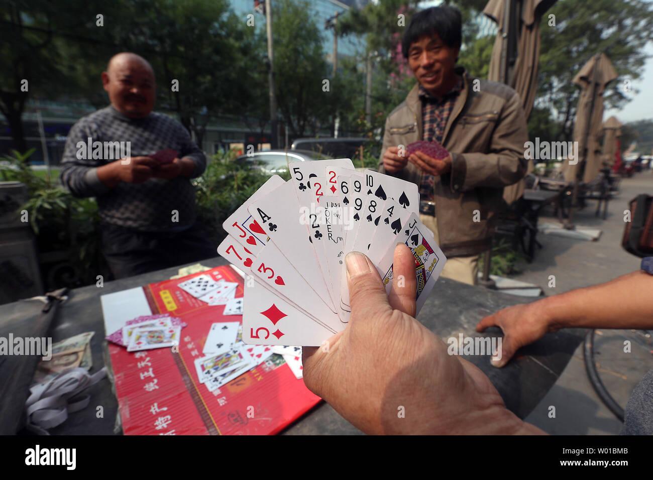 De que se trata la pelicula the poker house
