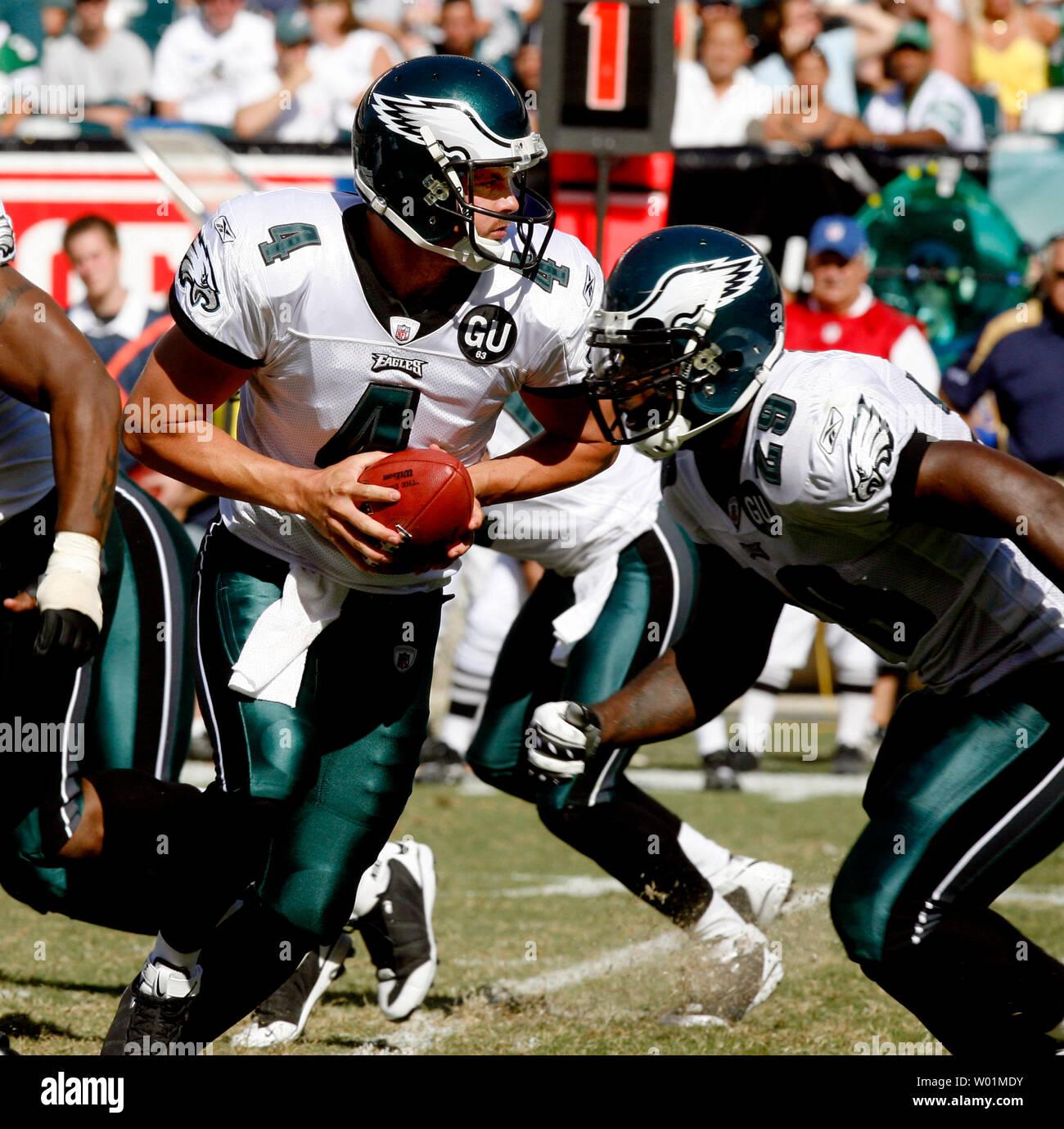 Philadelphia Eagles Backup Quarterback Kevin Kolb 4 Looks