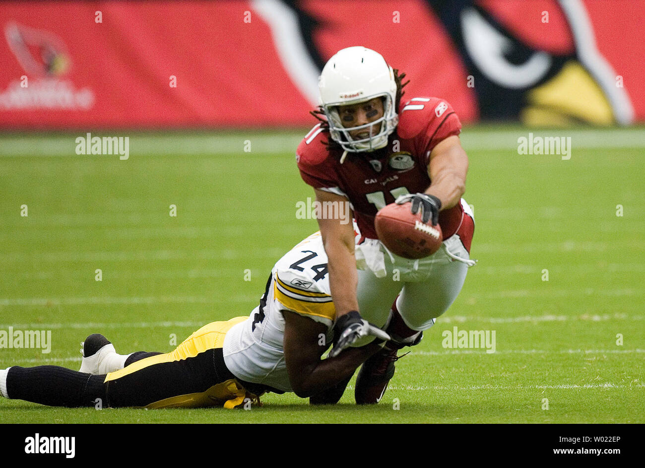 738c1092 Pittsburgh Steelers Ike Taylor tackles Arizona Cardinals Larry ...