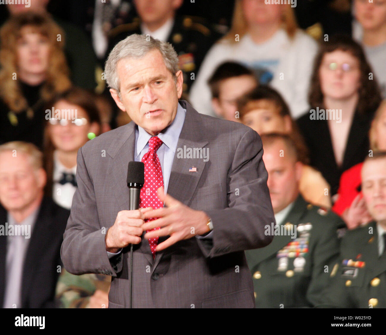 President Bush speaks about the War on Terror, at the Capitol Music Hall in Wheeling West Virginia on March 22, 2006. Bush said he feels Iraqi political figures need to construct a stable government in order to unify the country.  (UPI Photo/Stephen Gross) - Stock Image