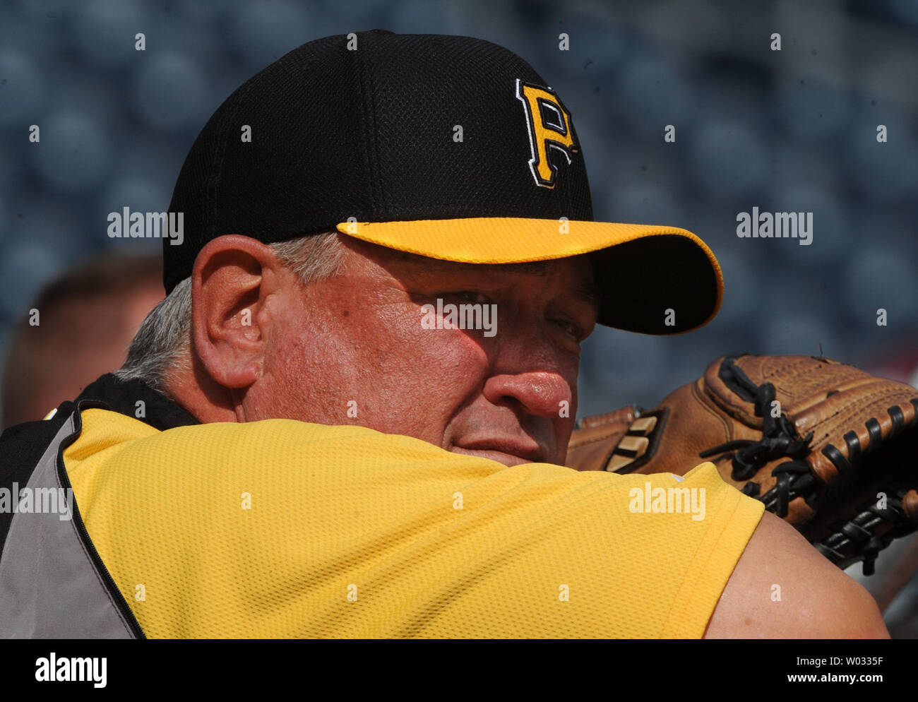 Pittsburgh Pirates Manager Clint Hurdle watches batting