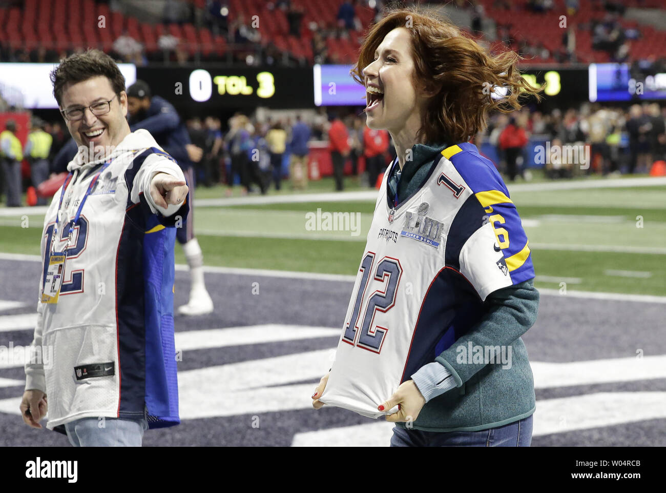 American Actress And Comedian Ellie Kemper R Of The