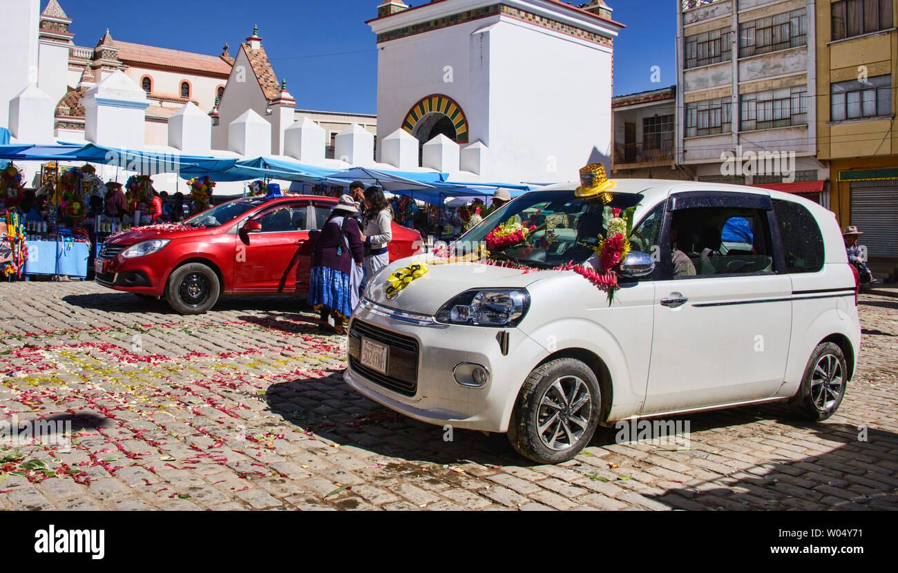 Car ready for blessing, a unique ritual at the Basílica de Nuestra Señora in Copacabana, Bolivia Stock Photo