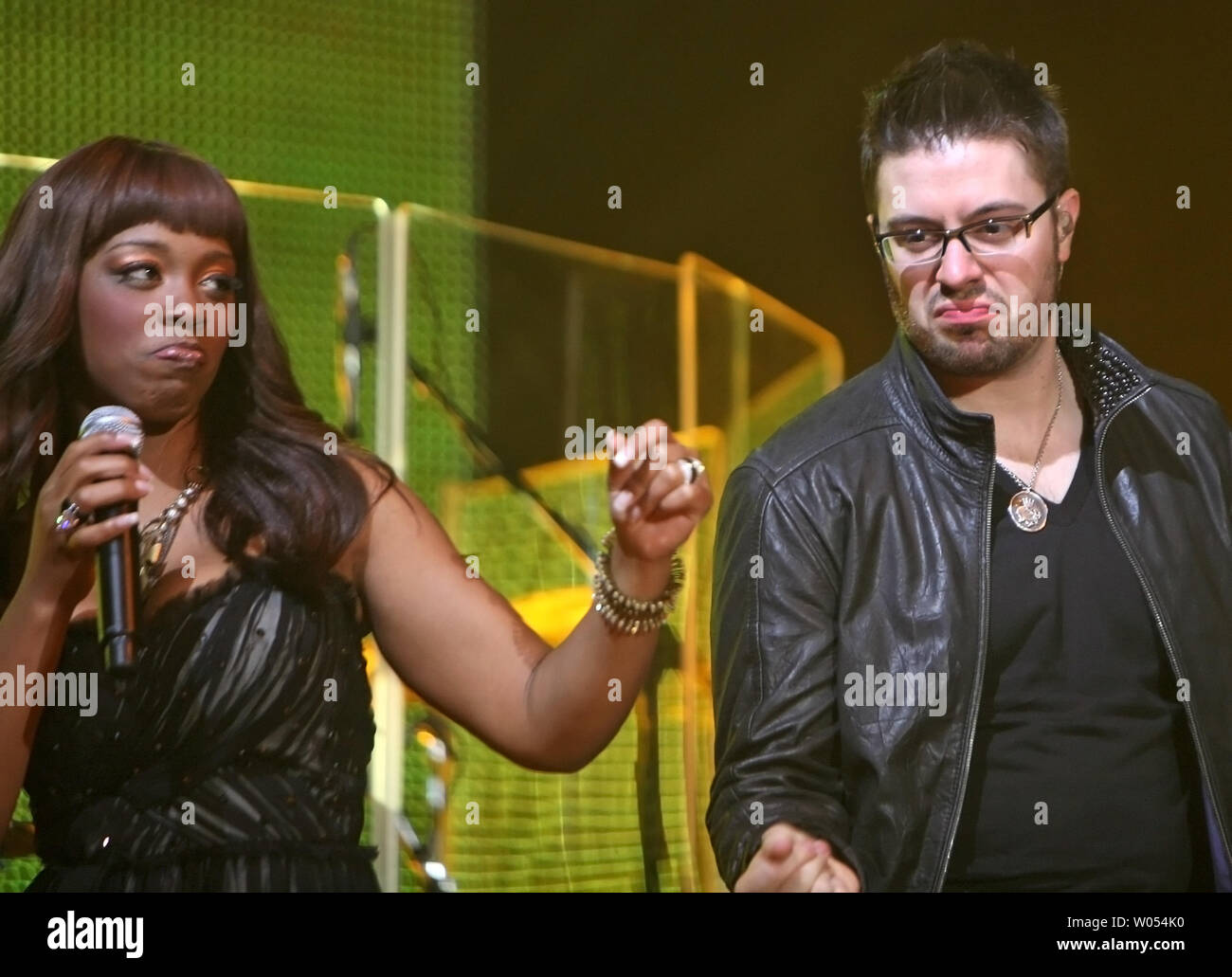 american-idol-finalists-lil-rounds-and-danny-gokey-perform-as-part-of-the-american-idols-live!-tour-2009-at-the-san-diego-sports-arena-on-july-18-2009-upi-photoroger-williams-W054K0.jpg