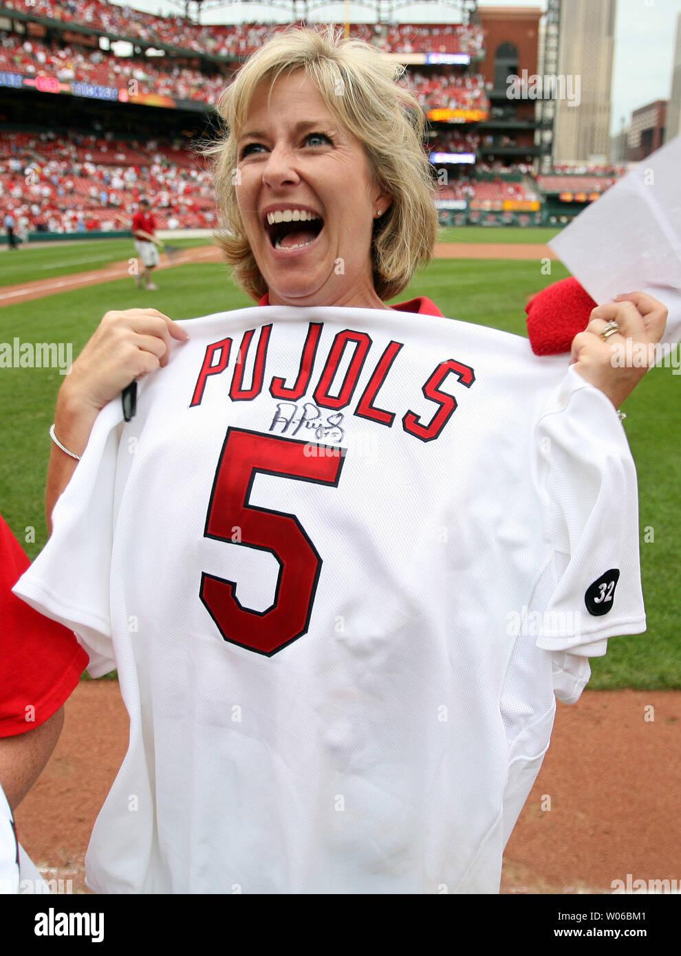 best service e73b8 0e7e8 St. Louis Cardinals fan Flo Anne Krampe of Wildwood ...