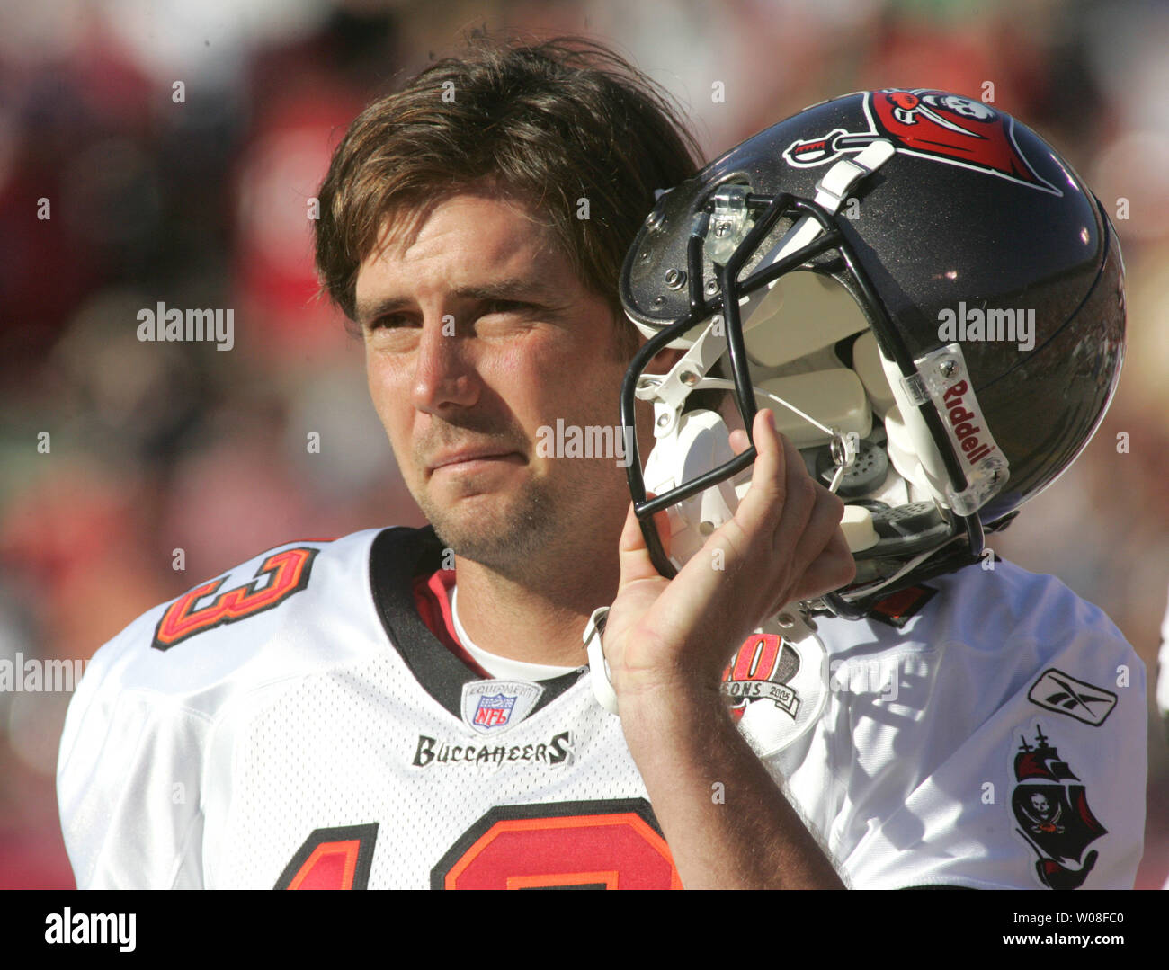Tampa Bay Bucs' newest QB and former 49er Tim Rattay watches play at Monster Park in San Francisco on October 30, 2005. The 49ers upset the Bucs 15-10.    (UPI Photo/Terry Schmitt) - Stock Image