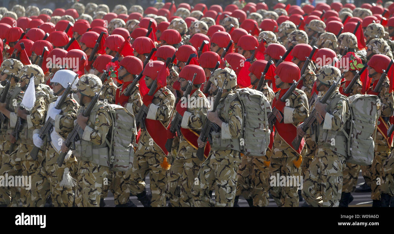 Iranian Army soldiers march during the National Army Day military parade in front of the mausoleum of the Iran's late leader Ayatollah Khomeini in Tehran, Iran on April 18, 2011. The Iranian President Mahmoud Ahmadinejad used the occasion to accuse the United States for sowing discord in the Middle East.    UPI/Maryam Rahmanian - Stock Image