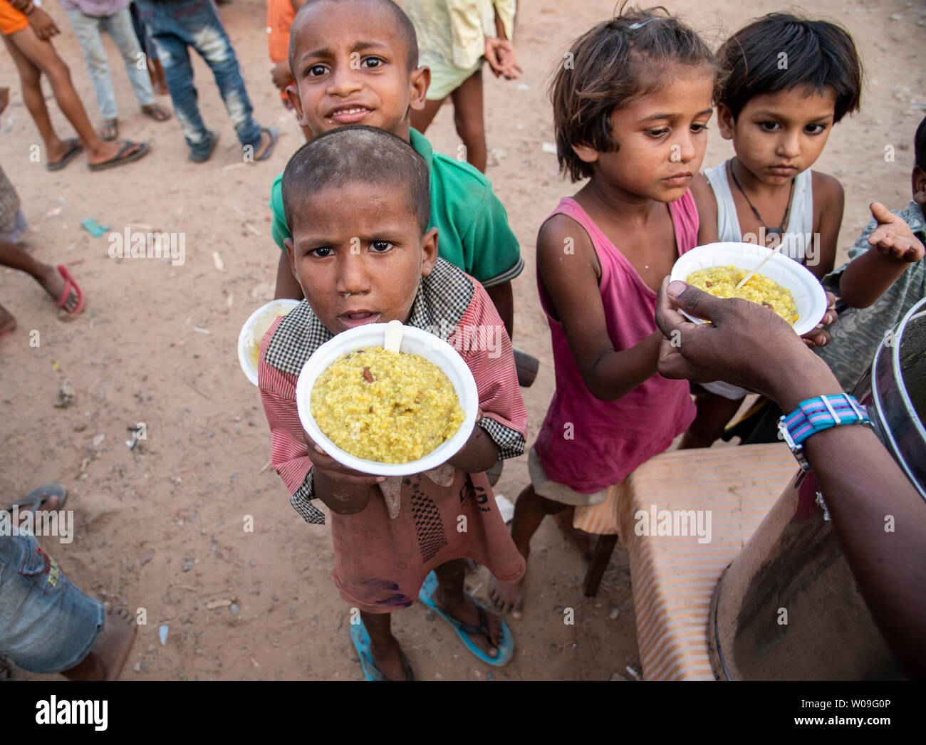 Poor Children High Resolution Stock Photography And Images Alamy