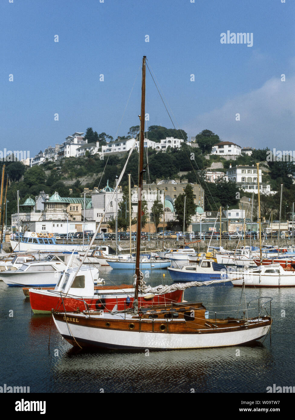 The English seaside resort of Torquay is in the center of the stretch of coastline known as 'The English Riviera' Devon. - Stock Image